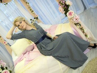 BeautyBlondeZ live camshow